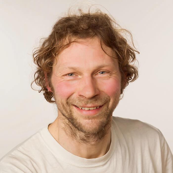 Filip Vervaeke Iyengar Teacher Iyoga Glasgow