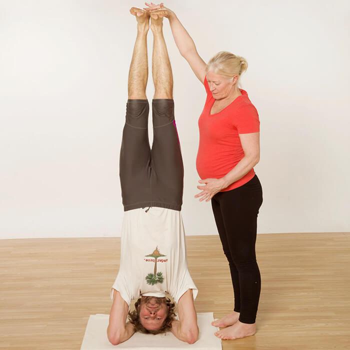 Salamba Sirsasana Iyengar Yoga Iyoga Glasgow