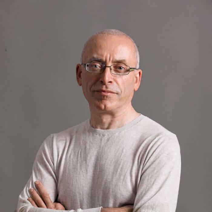 Neil Gillies Iyengar Teacher Iyoga Glasgow
