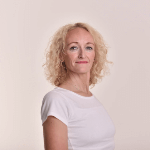 Amanda Jane Walton - iYoga Glasgow Teacher